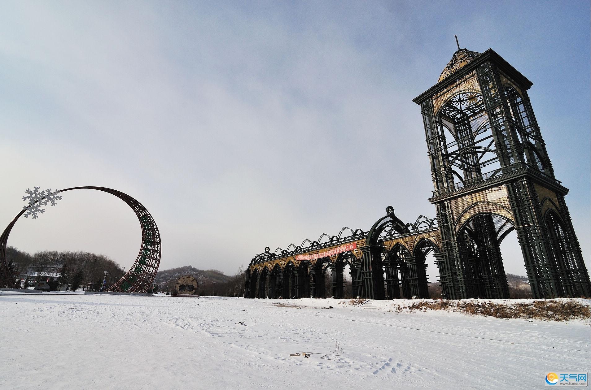 首页 ppt背景 风景ppt背景图片 > 亚布力滑雪旅游度假区ppt背景图片