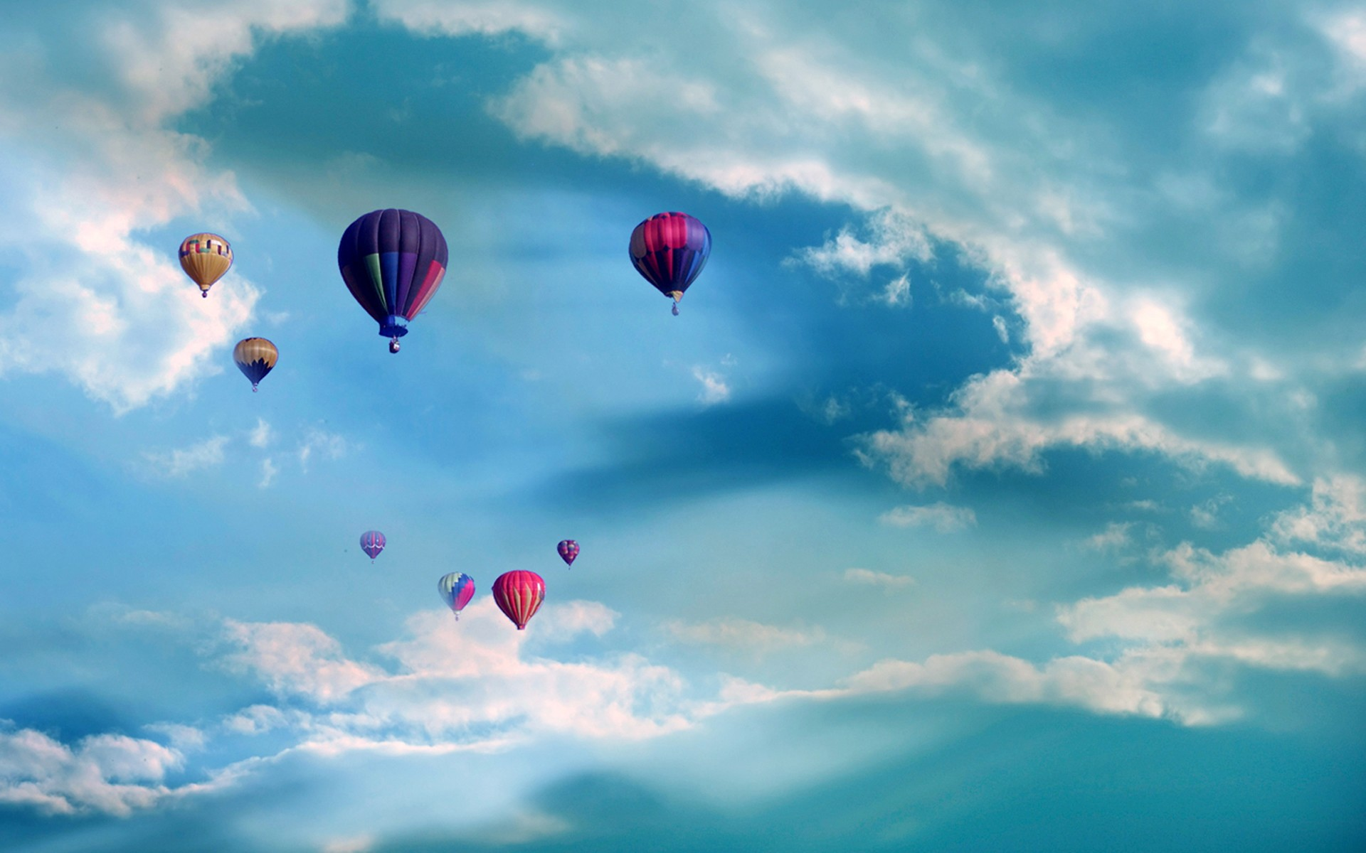 唯美热气球ppt背景图片下载_幻灯片模板免费下载