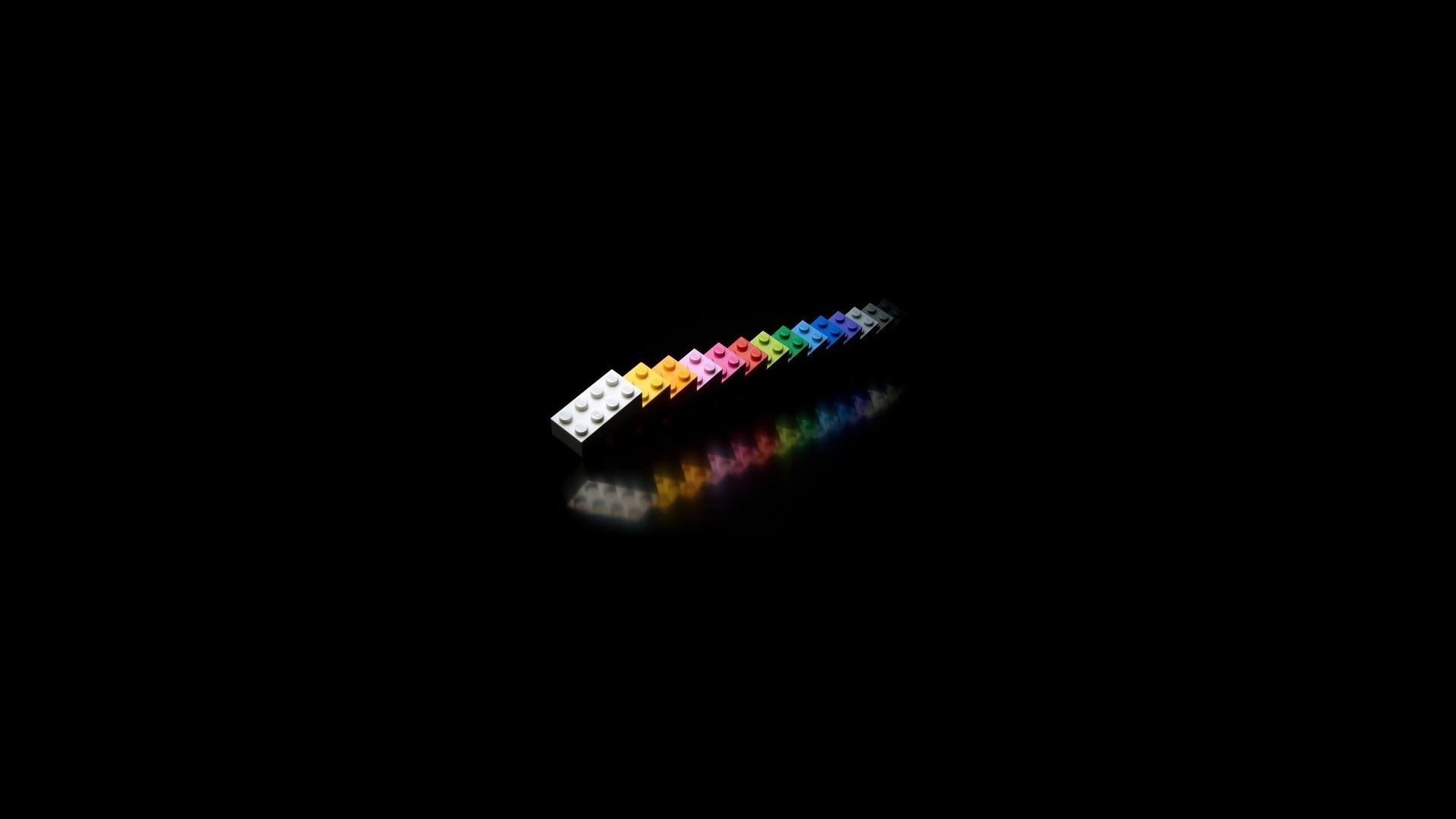 多米诺骨牌简约创意风格PPT背景图片免费下载是由PPT宝藏(www.pptbz.com)会员zengmin上传推荐的淡雅PPT背景图片, 更新时间为2017-01-15,素材编号119407。 多米诺骨牌(domino)是一种用木制、骨制或塑料制成的长方体骨牌。 多米诺骨牌(domino)是一种用木制、骨制或塑料制成的长方体骨牌。多米诺一幅图案由几百、几千甚至上万张骨牌组成。多米诺骨牌除了可码放单线、多线、文字等各式各样的多米诺造型外,还可充做积木,搭房子,盖牌楼、制成各种各样的拼图。 多米诺骨牌本身具有