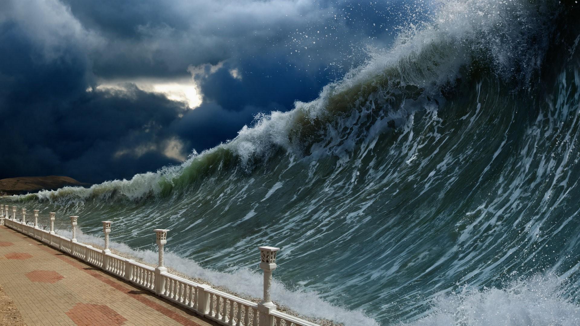 惊险海浪创意设计ppt背景图片下载