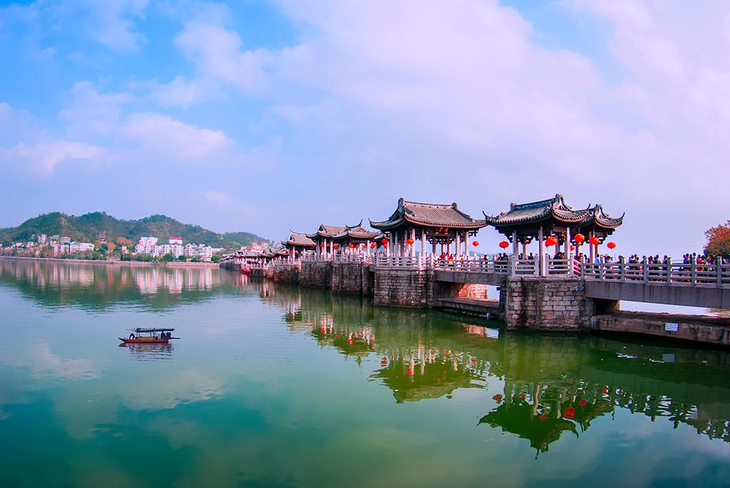 潮州广济桥ppt背景图片下载