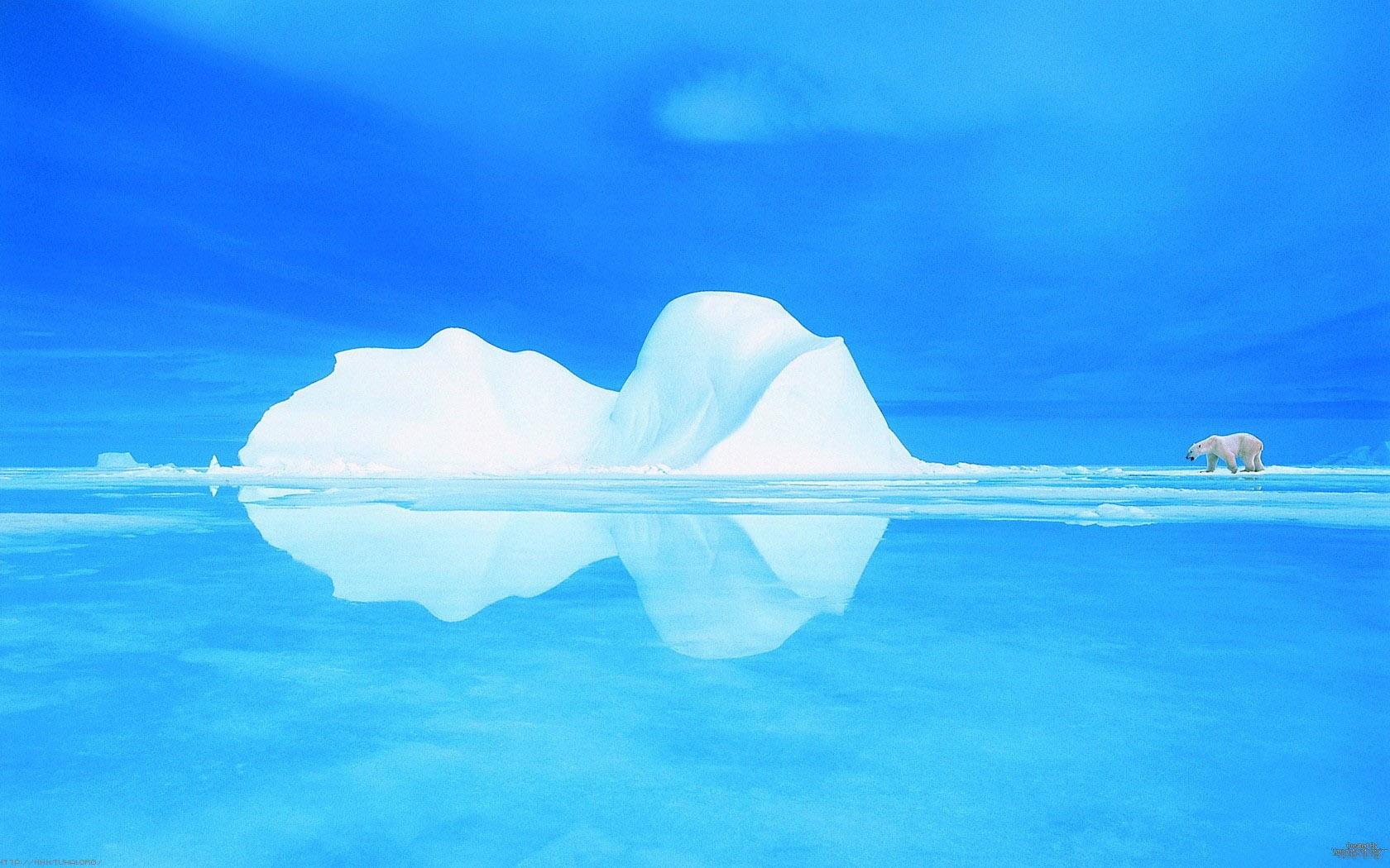 炫彩艺术摄影北极PPT背景图片免费下载是由PPT宝藏(www.pptbz.com)会员zengmin上传推荐的简约PPT背景图片, 更新时间为2017-01-22,素材编号120650。 北极(英文:North Pole;法文:Arctique)。北极地区的气候终年寒冷。北冰洋是一片浩瀚的冰封海洋,周围是众多的岛屿以及北美洲和亚洲北部的沿海地区。 北极:指地球自转轴的北端。 北极圈:指北寒带与北温带的界线,北纬66°34纬线圈。 北冰洋:指世界最小最浅和最冷的大洋。 北极地区:北冰洋和其周边海