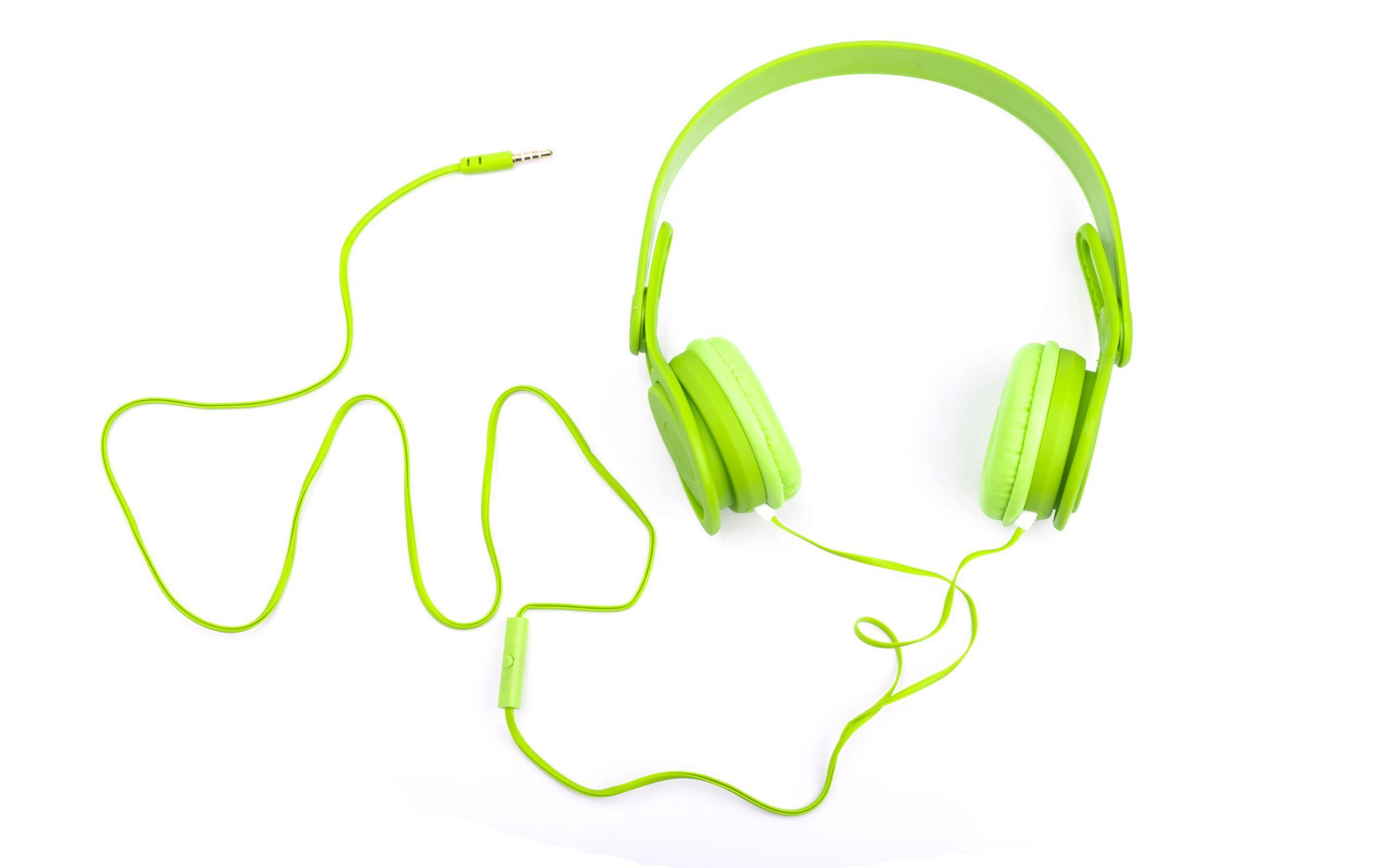 耳机多款式高清ppt背景图片下载