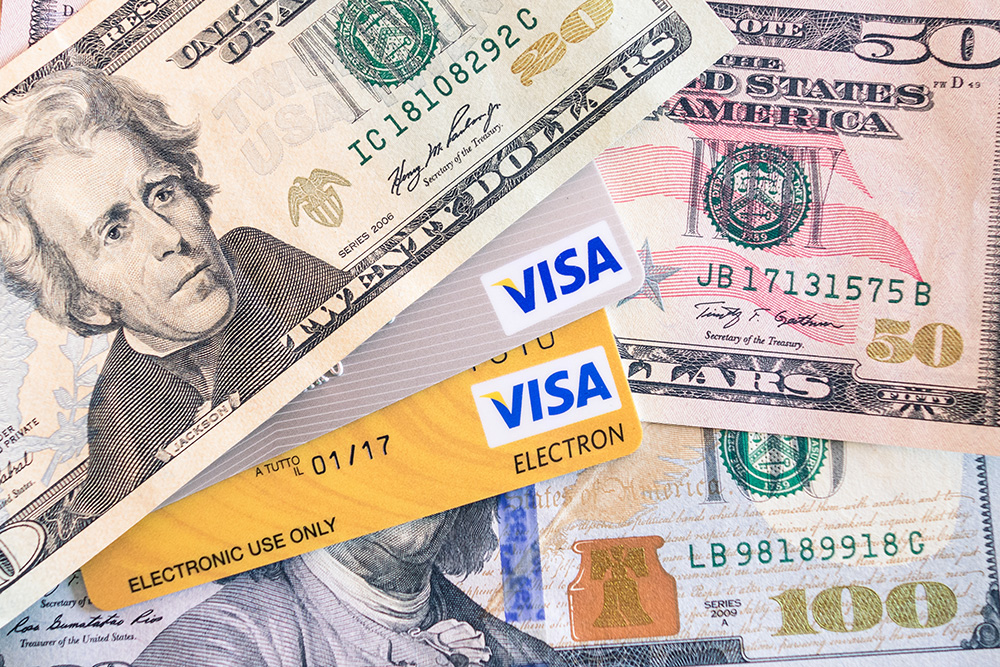 商务ppt背景图片 > 钞票与信用卡高清ppt背景图片  素材预览 钞票与信