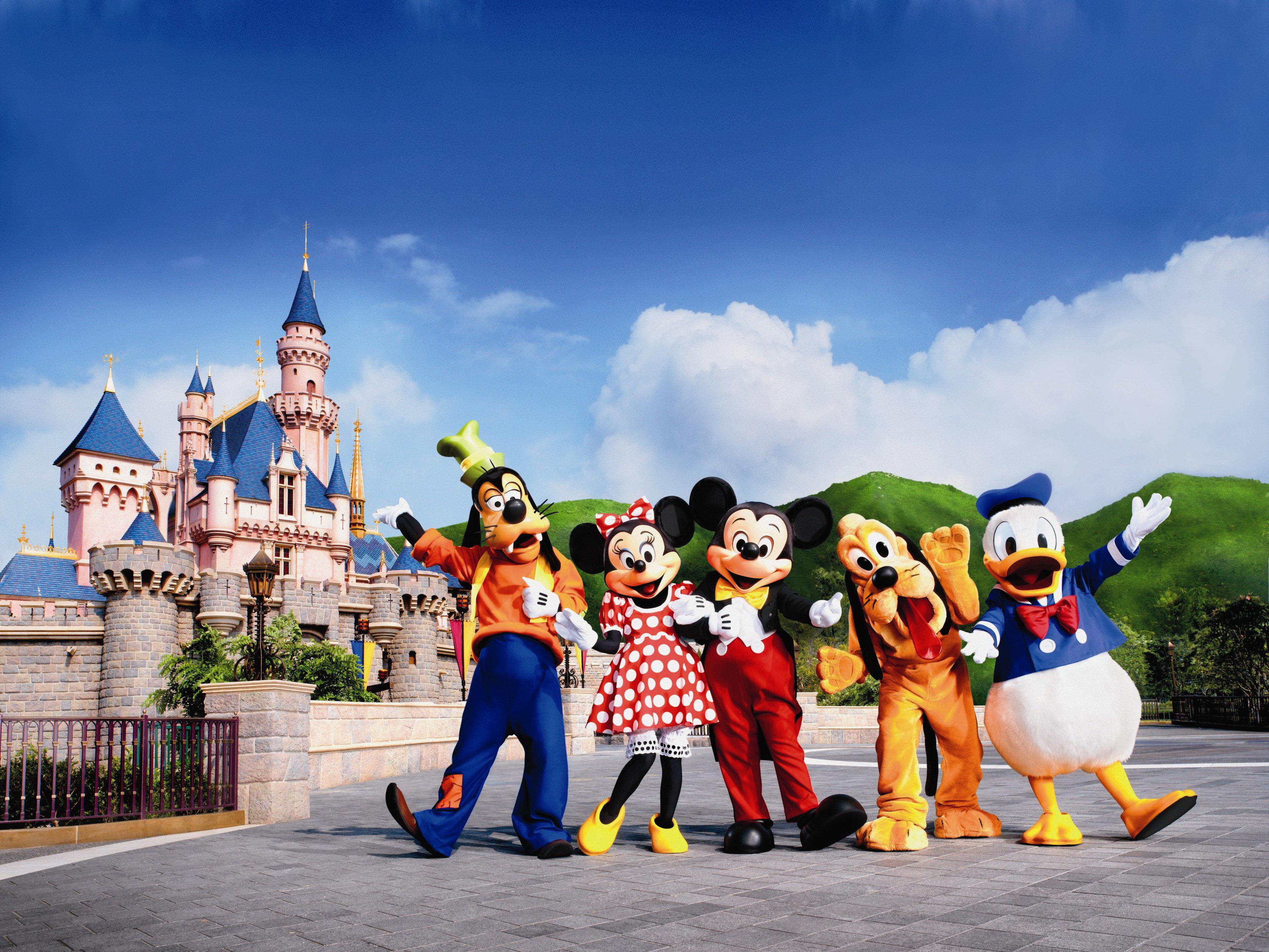 香港迪士尼乐园ppt背景图片下载